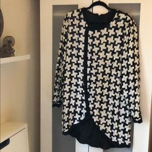 Dresses & Skirts - Vintage black/white Sequin Shirt Dress, fits L-XL